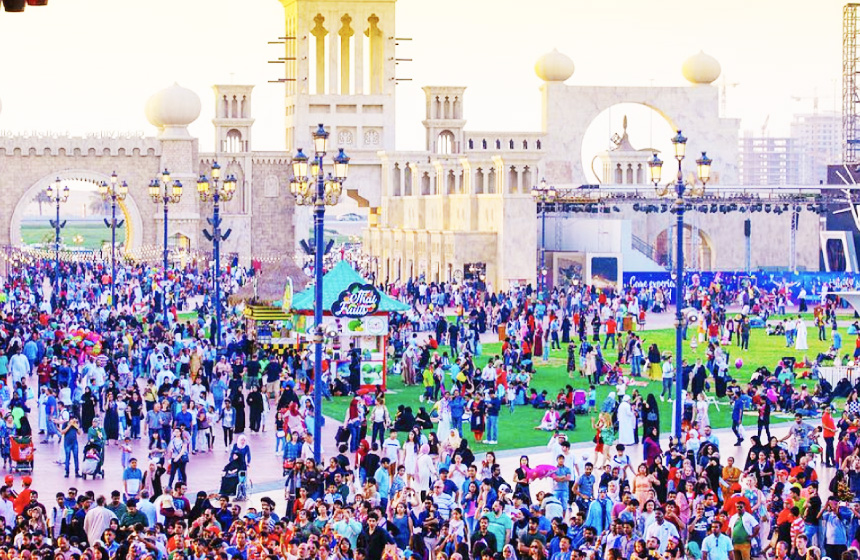 国際都市ドバイにある世界最大のテーマパークでインターンシップ!